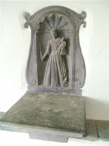 Eingangshalle, Relief