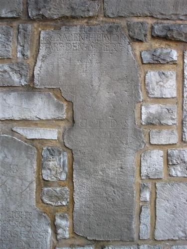 Fragment eines Grabkreuzes des Heindr (…)