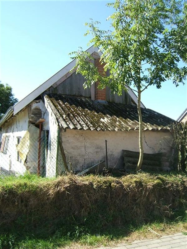 Nordfassade mit angebauter Remise