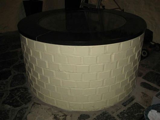 Brunnen aus Bruchsteinmauerwerk