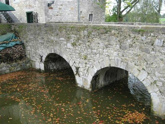 Brücke mit drei Kreisbögen