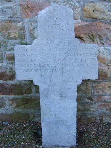 Grabkreuz des Ian Morsnet