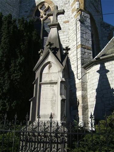 Grabmal der Familie Hodiamont