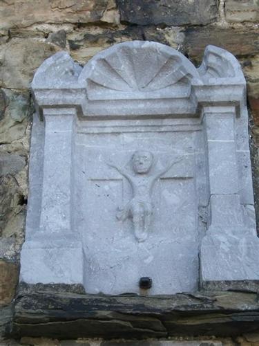 Relief aus Blaustein - Nordfassade Nr. 243