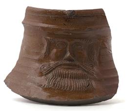 Raerener Steinzeug, Bruchstück (Bartmann) FOR02/283