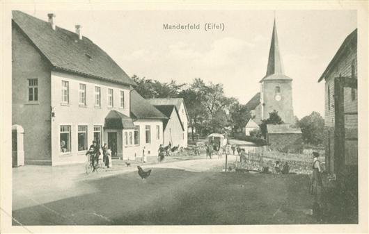 Alte Dorfansicht mit Kirche