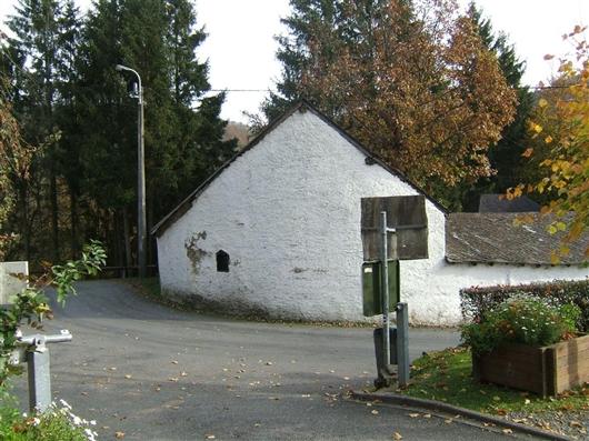 Nebengebäude, Westwand