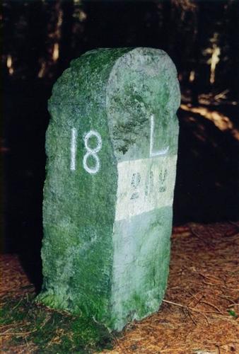 Grenzstein Jülich-Luxemburg Nr.18 (östliche Linie)
