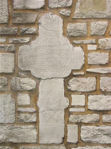 Grabkreuz des Herrmannes Bredenych