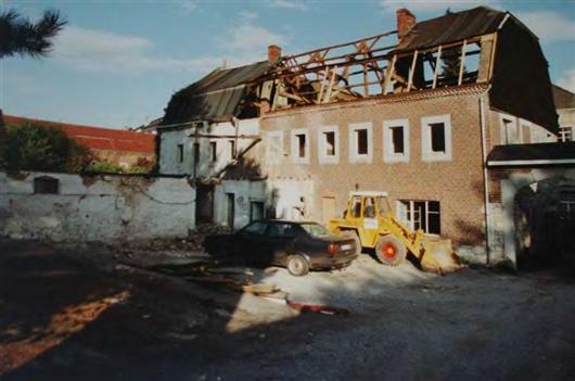 Nordfassade zu Beginn der Umbauarbeiten