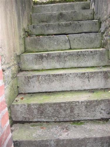 Treppe KG - Innenhof