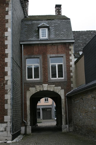 Rückfassade zum Hof