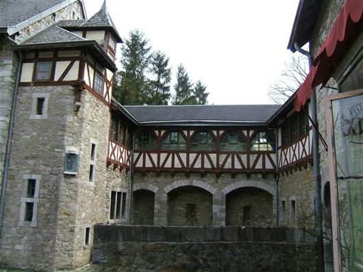 Wehrmauer mit Galerie