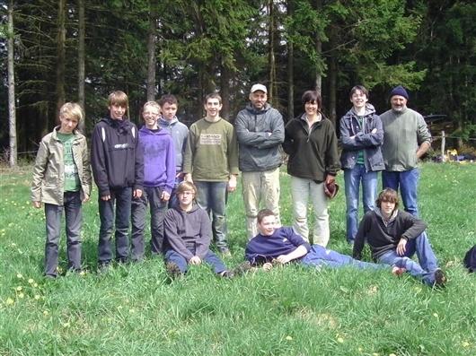 Gruppenfoto: junge Archäologen für einen Tag