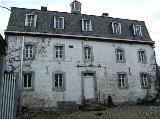 Rückfassade, Hauptgebäude