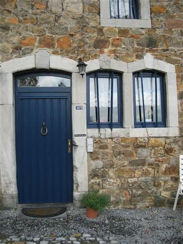 Eingangstür mit Fenster, Hauptgebäude