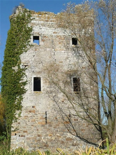 Bergfried, Südfassade
