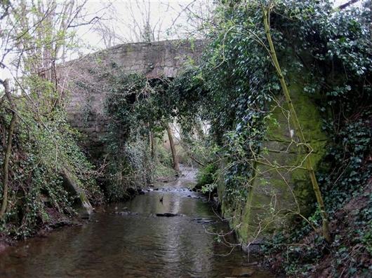 Hohe Brücke