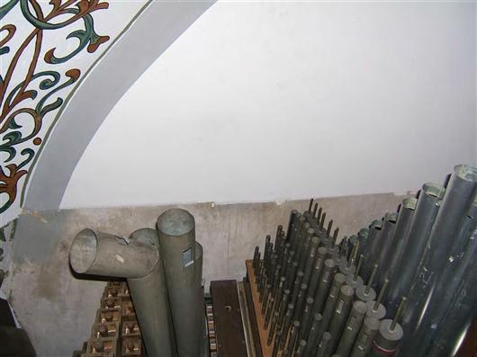 Pfeifenwerk auf der Oberlade des Hauptwerks