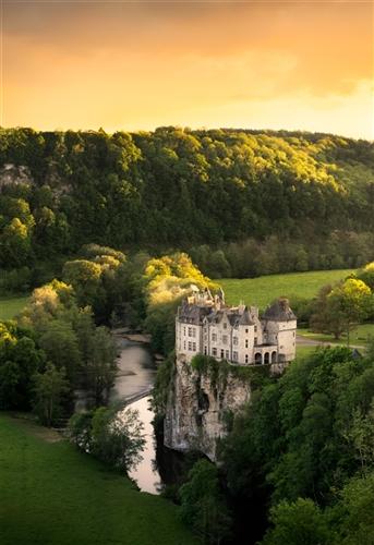 Schloss von  Walzin, Dinant
