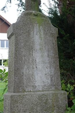 Grabkreuz  Freres