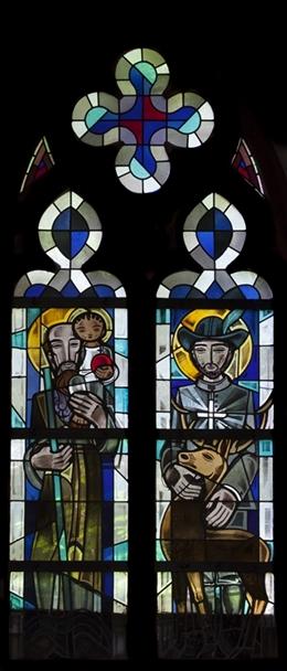 Glasfenster mit dem Hl. Christopherus und dem Hl. Hubertus, nördliches Kirchenschiff, Kirche St. Josef, Eupen