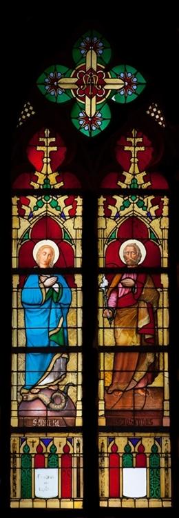 Glasfenster mit Maria und Hl. Joseph, nördl. Seitenschiff, Kirche St. Joseph, Eupen