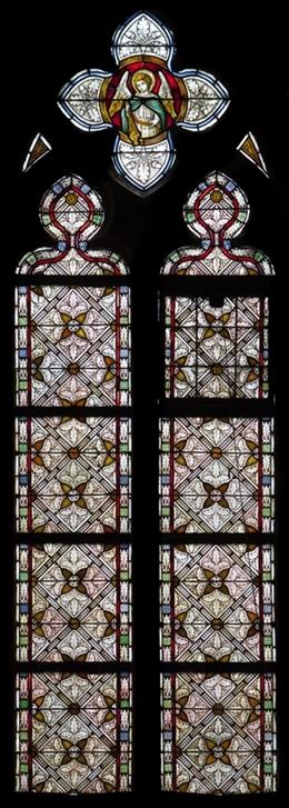 Glasfenster mit Ornamentik, Chor, Kirche St. Josef, Eupen