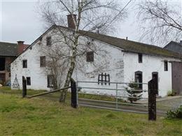 Haus Büchelweg 21 mit Scheune