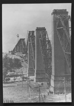 Astenet, 1940: Hammerbrücke nach der Sprengung vom 10. Mai 1940