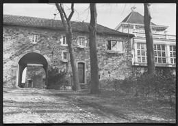 Astenet, o.D.: Schloss Thor - Ansicht des Innenhofes
