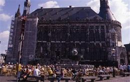 Aachen, 1997-2001: Aachener Rathaus