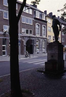 Aachen, 1997-2001: Haus zum Horn