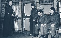 Atzerath, o. D.: Schauspiel