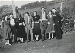 Alfersteg, 1950: Gesellschaft