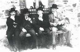 Aldringen, 1955: Männerbank
