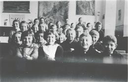Alfersteg, 1938: Schulklasse
