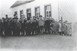 Atzerath, 1935: Alle anwesend