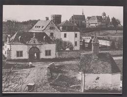 Astenet, 1945, o.D.: Schloss Thor